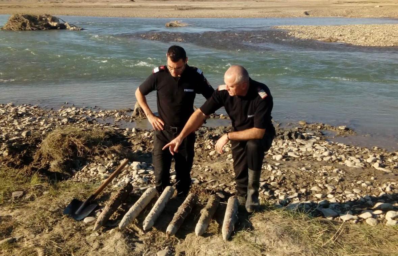 Proiectile din al doilea război mondial găsite în albia râului Moldova