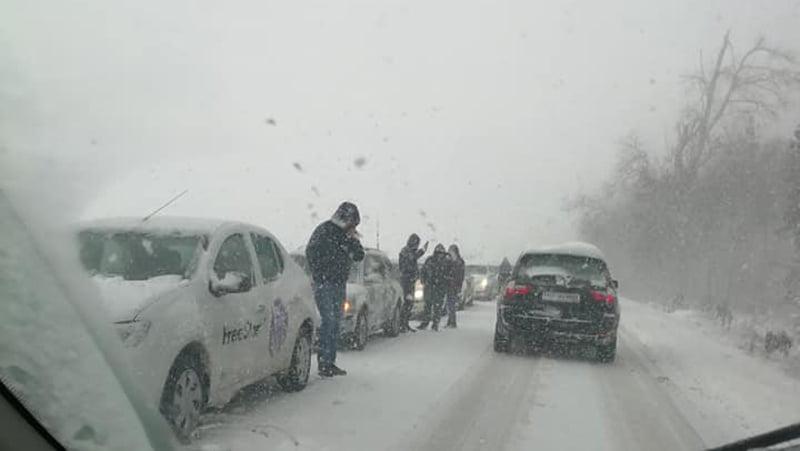 Restricții pe drumurile naționale, din cauza ninsorilor