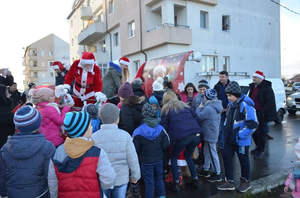 Caleașca lui Moș Crăciun ajunge la Roman pe 24 decembrie