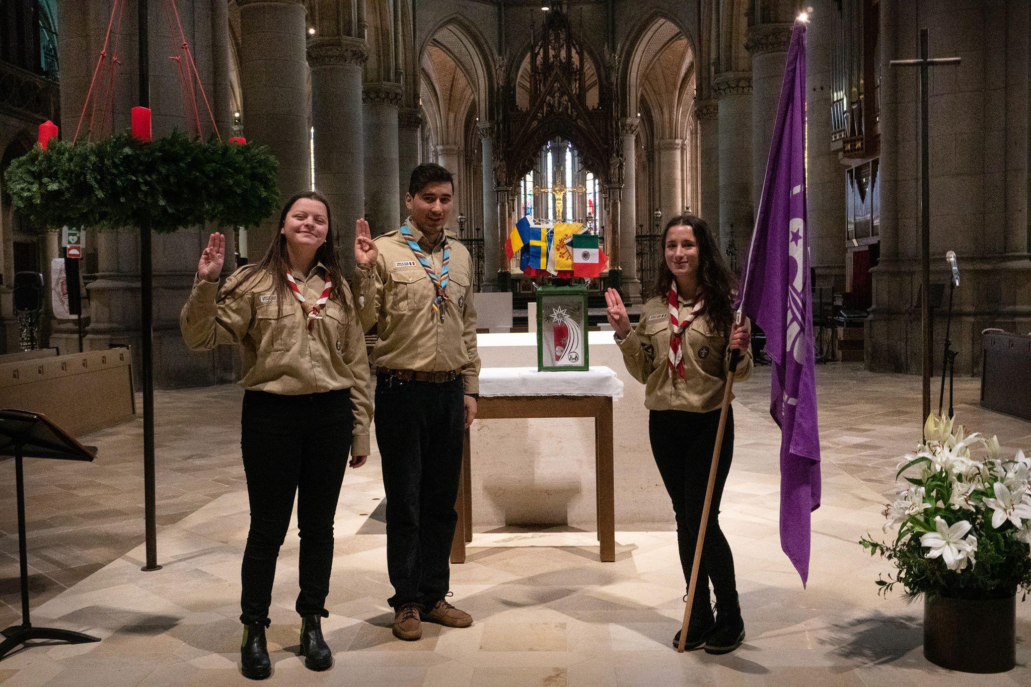 Cercetașii din Pildești au adus în țară Lumina Păcii de la Betleem