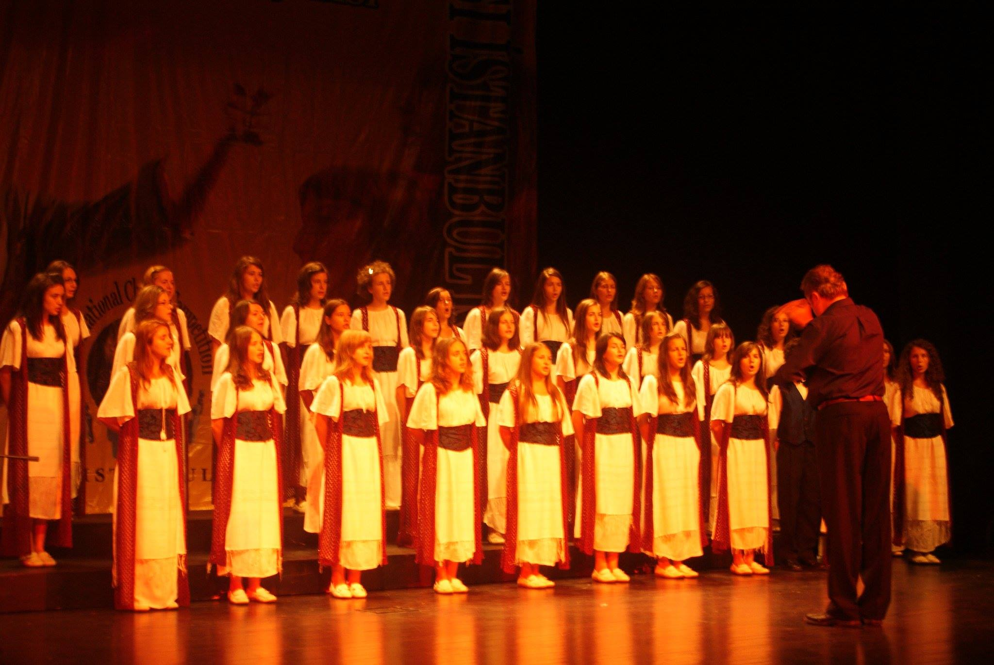 """Concert de colinde al Coralei """"Fantasia"""", vineri, în Roman"""