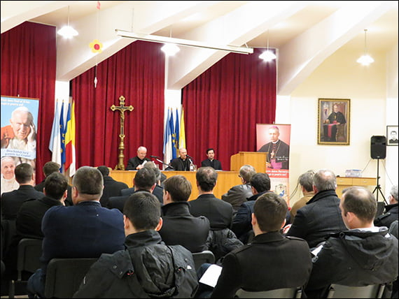 Pregătiri pentru venirea papei Francisc la Iași. Accesul în apropierea papei, pe bază de invitaţii şi bilete