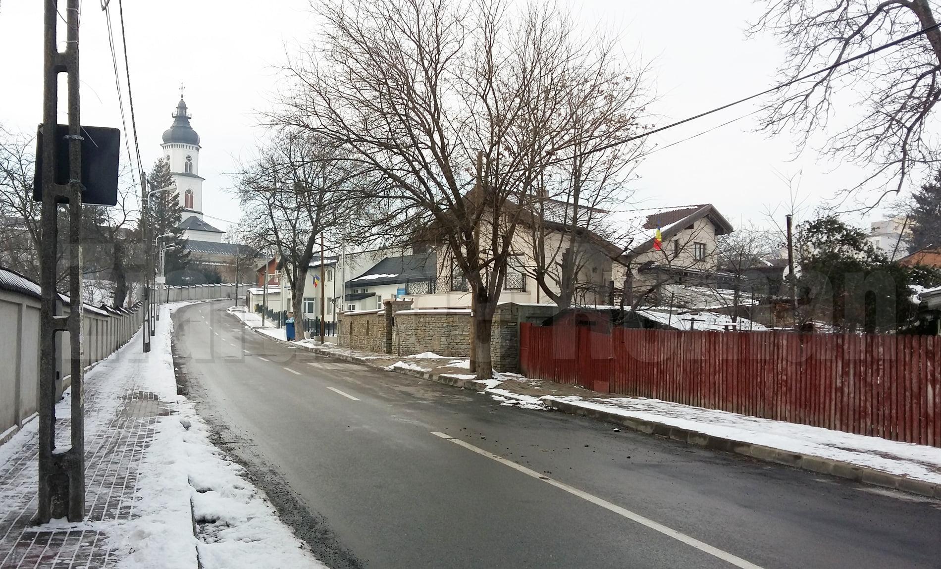 Strada Traian, transformată în acest weekend în derdeluș