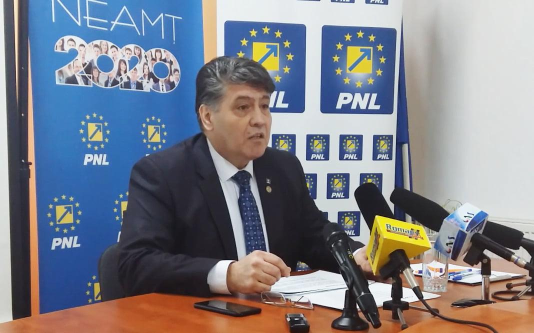 """Deputatul Laurențiu Leoreanu, după doi ani de mandat: """"Consider că am reprezentat cu succes interesele romașcanilor și nemțenilor"""""""