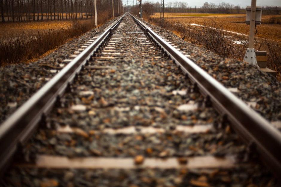 Vom atrage investitorii pe calea ferată de mare viteză?!