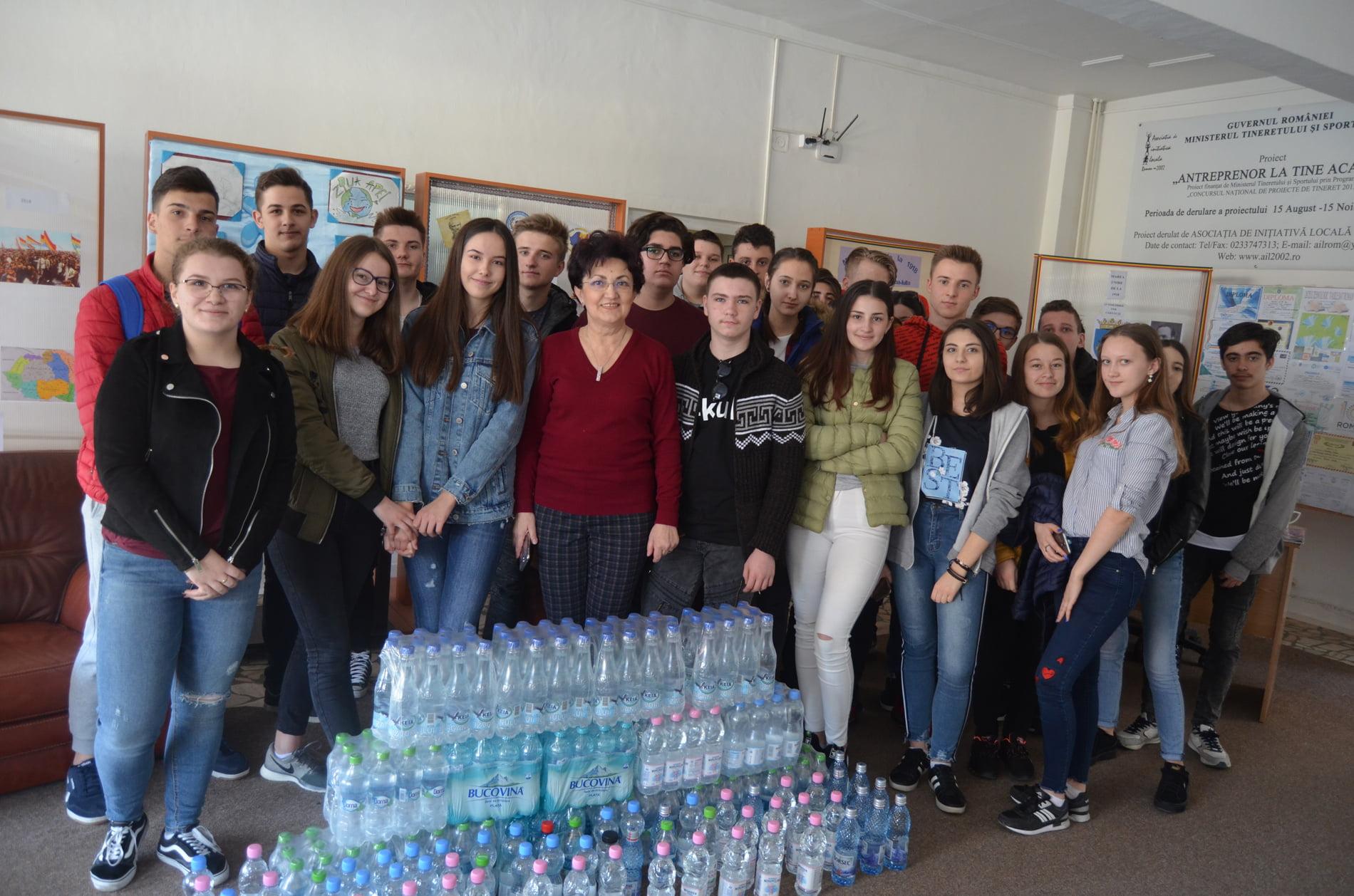 """Liceul """"Vasile Sav"""" transmite mesajul său de Ziua Mondială a Apei"""