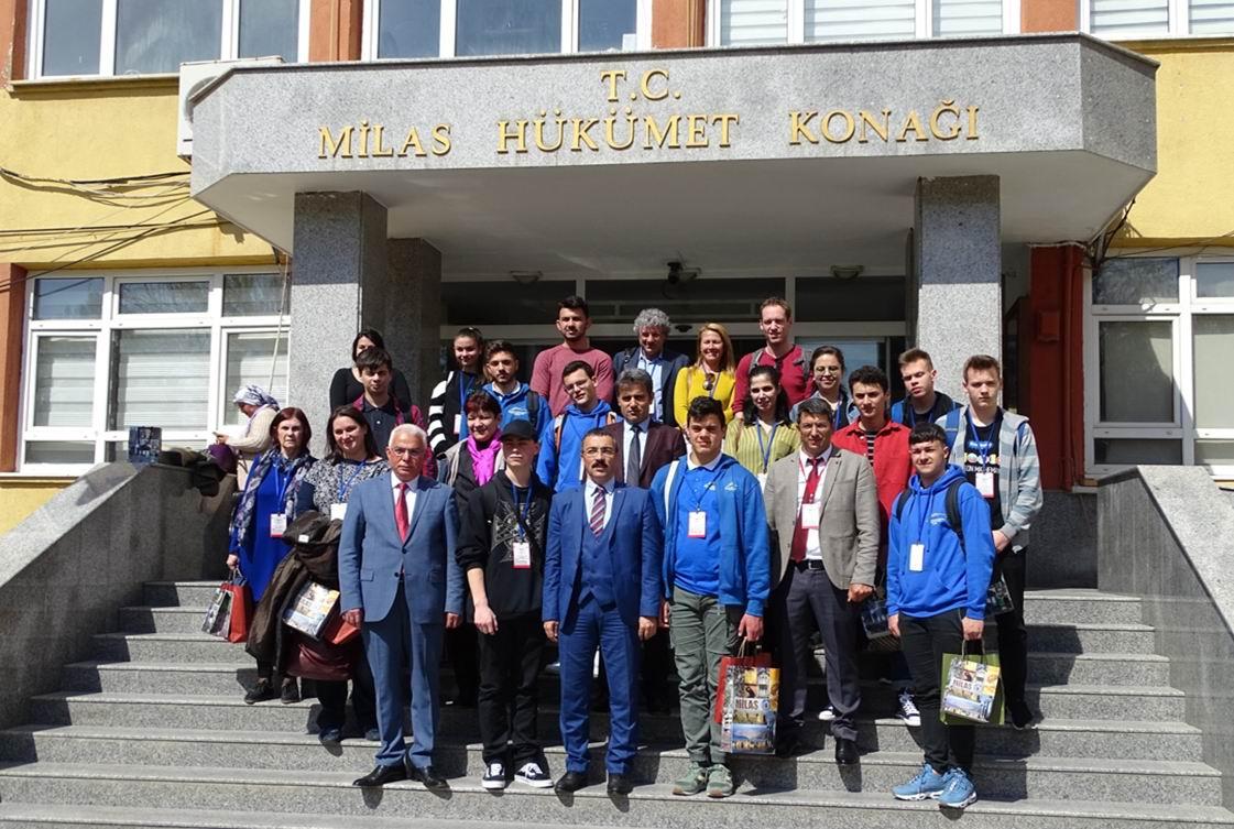 """Delegație a Colegiului """"Petru Poni"""", în vizită în Turcia în cadrul Proiectului Erasmus+ """"Hooked on Mathematics"""""""