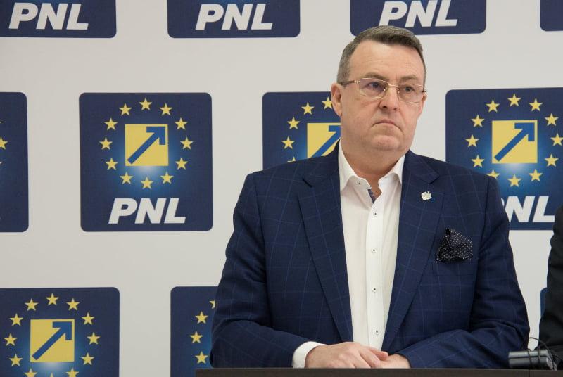 """Eugen Țapu Nazare, senator PNL: """"Alegerile anticipate, singura soluție de ieșire a României din criză. PNL este pregătit să preia guvernarea"""""""
