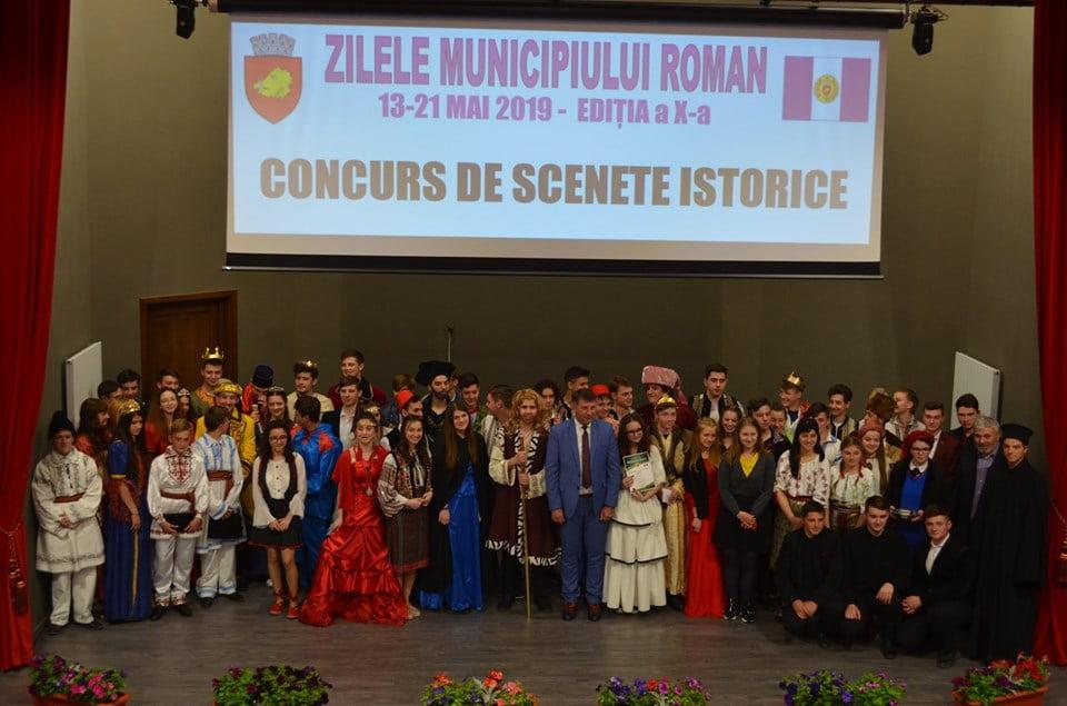 Concurs de scenete istorice între liceele romașcane