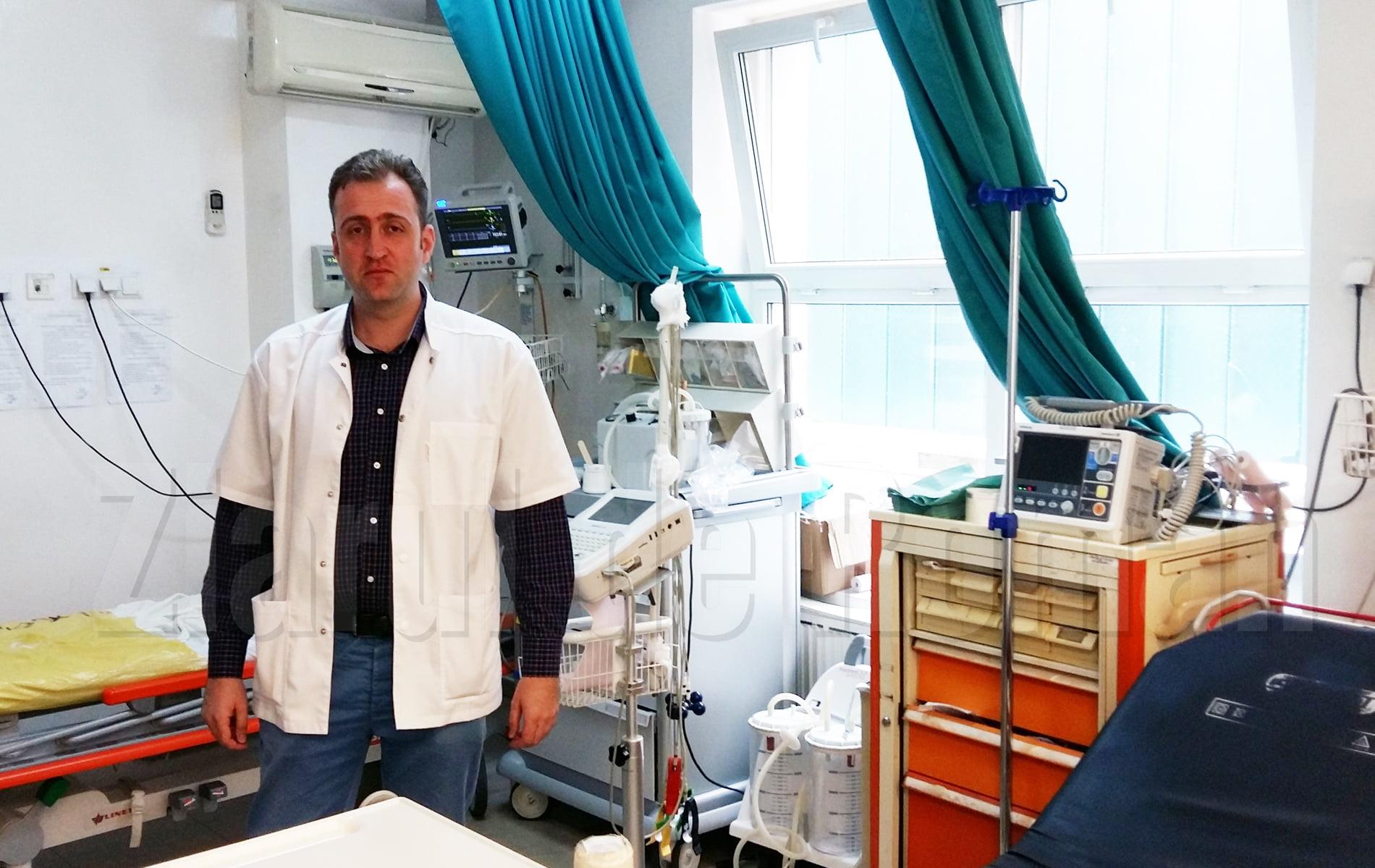 [VIDEO] Un medic vrea să părăsească spitalul după ce a fost agresat în timpul gărzii