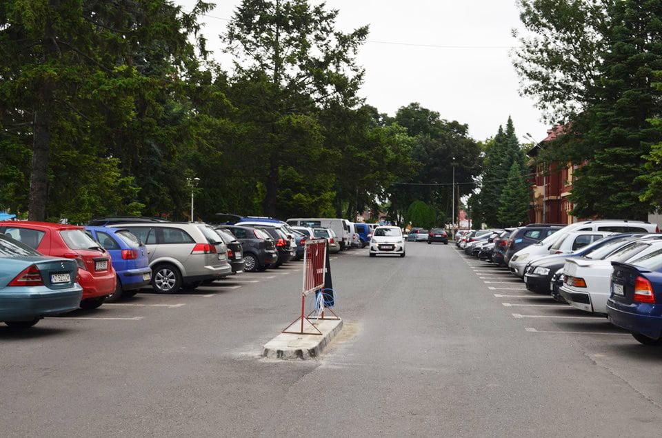 Se eliberează abonamentele de riveran pentru parcările cu plată și cardurile pentru parcările cu bariere