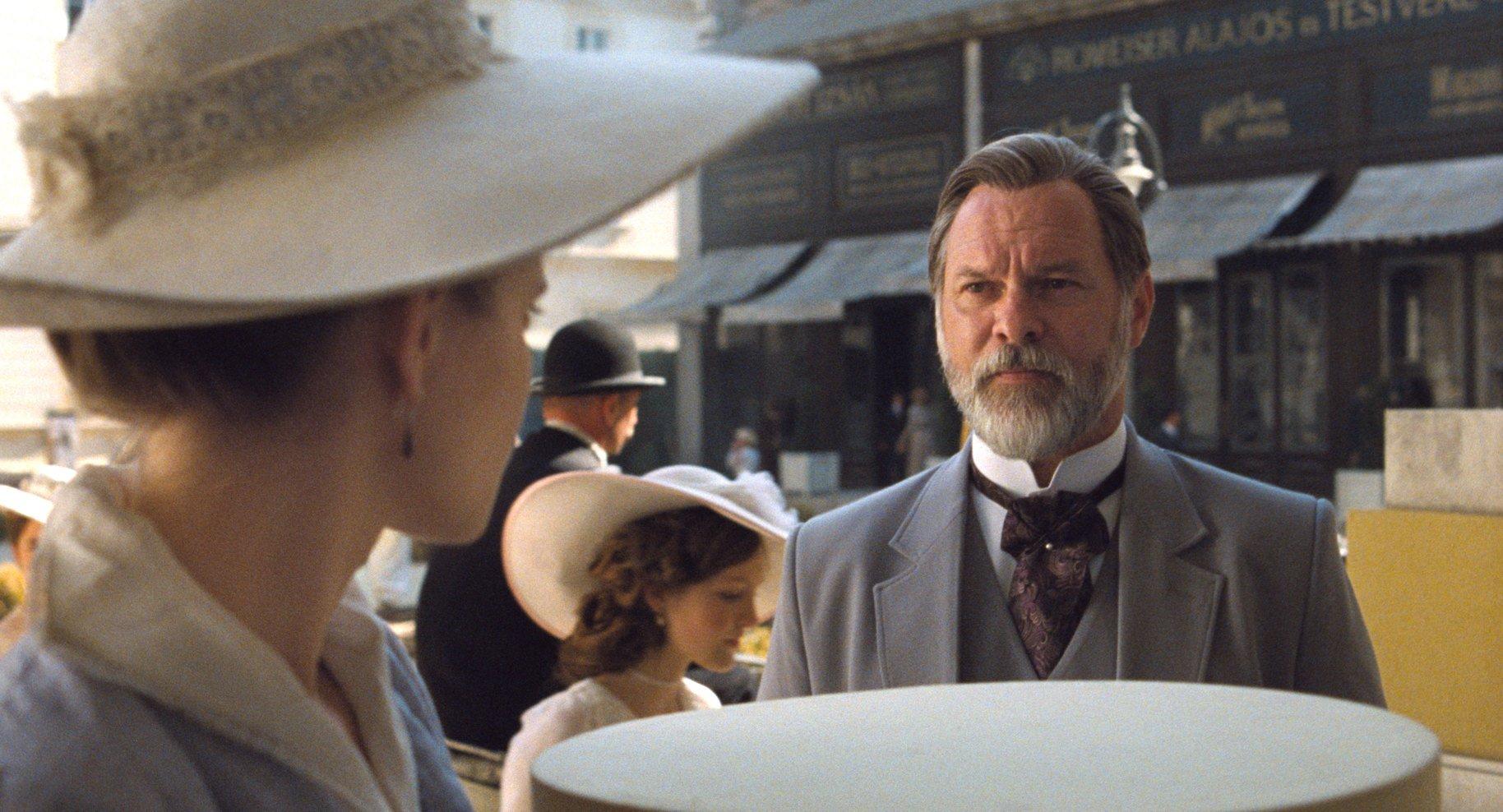 Actorul Vlad Ivanov vine marți la Piatra Neamț, la proiecția de gală a filmului Apusul/Sunset