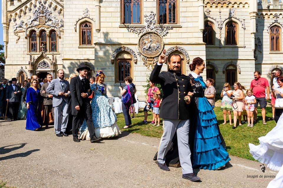 """O nouă """"Călătorie la 1900"""", la Castelul Miclăușeni"""