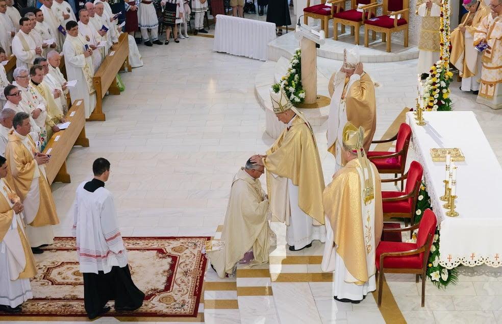 """[VIDEO] PS Iosif Păuleţ, noul episcop de Iaşi: """"Vreau ca slujirea să fie esenţialul misiunii mele"""""""