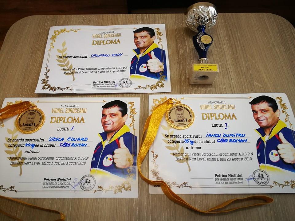 """Medalii pentru sportivii CSM Roman la Memorialul de box """"Viorel Soroceanu"""""""