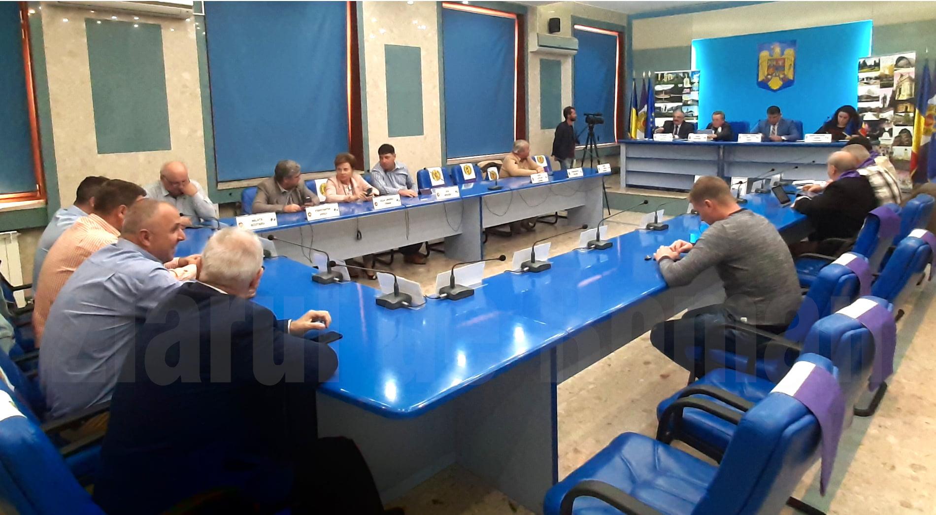 Nouă proiecte adoptate în ședința extraordinară a Consiliului Local de miercuri