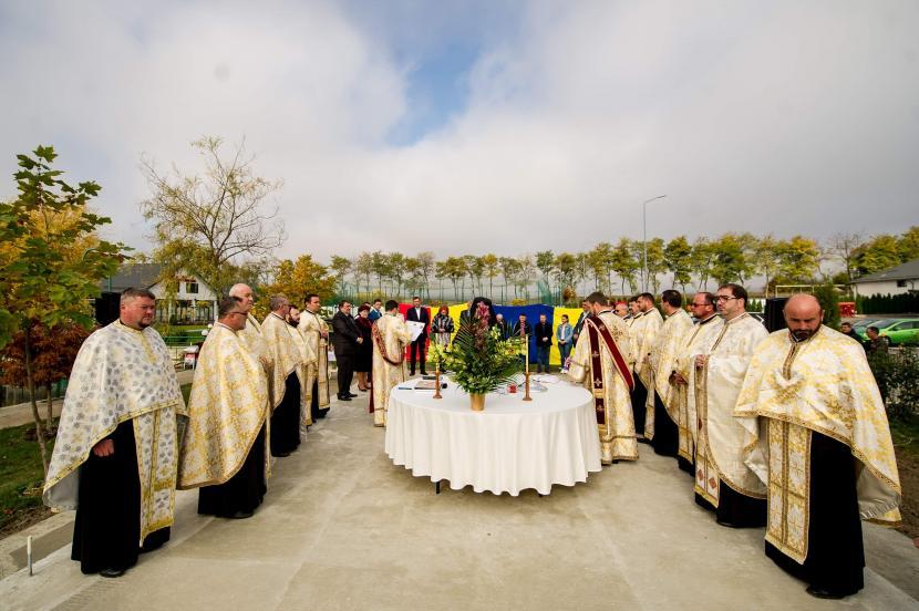 Familia deputatului Alexandru Rotaru ridică o biserică în comuna Dulcești