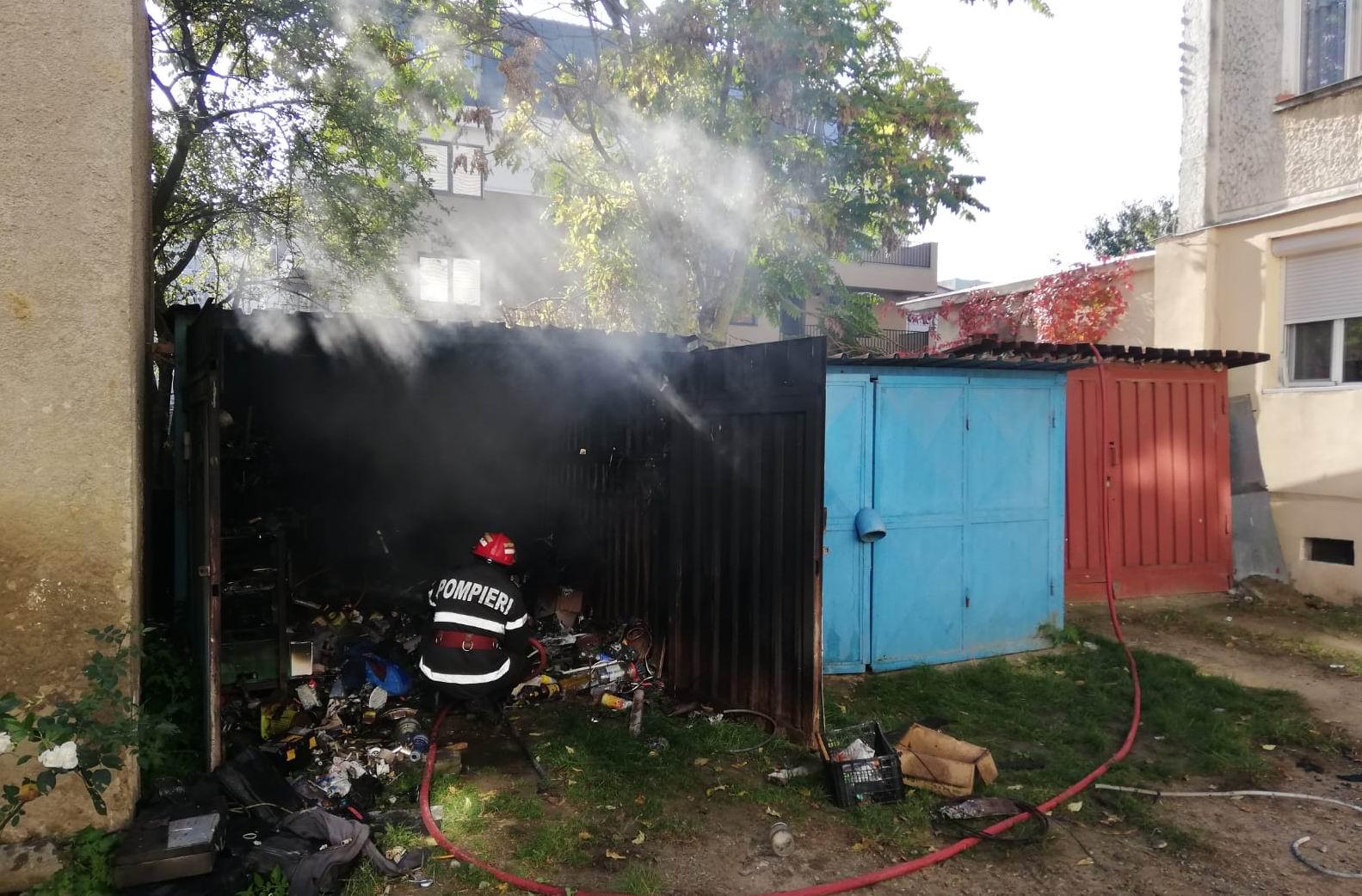 Incendiu la un garaj, de la un aparat de sudură