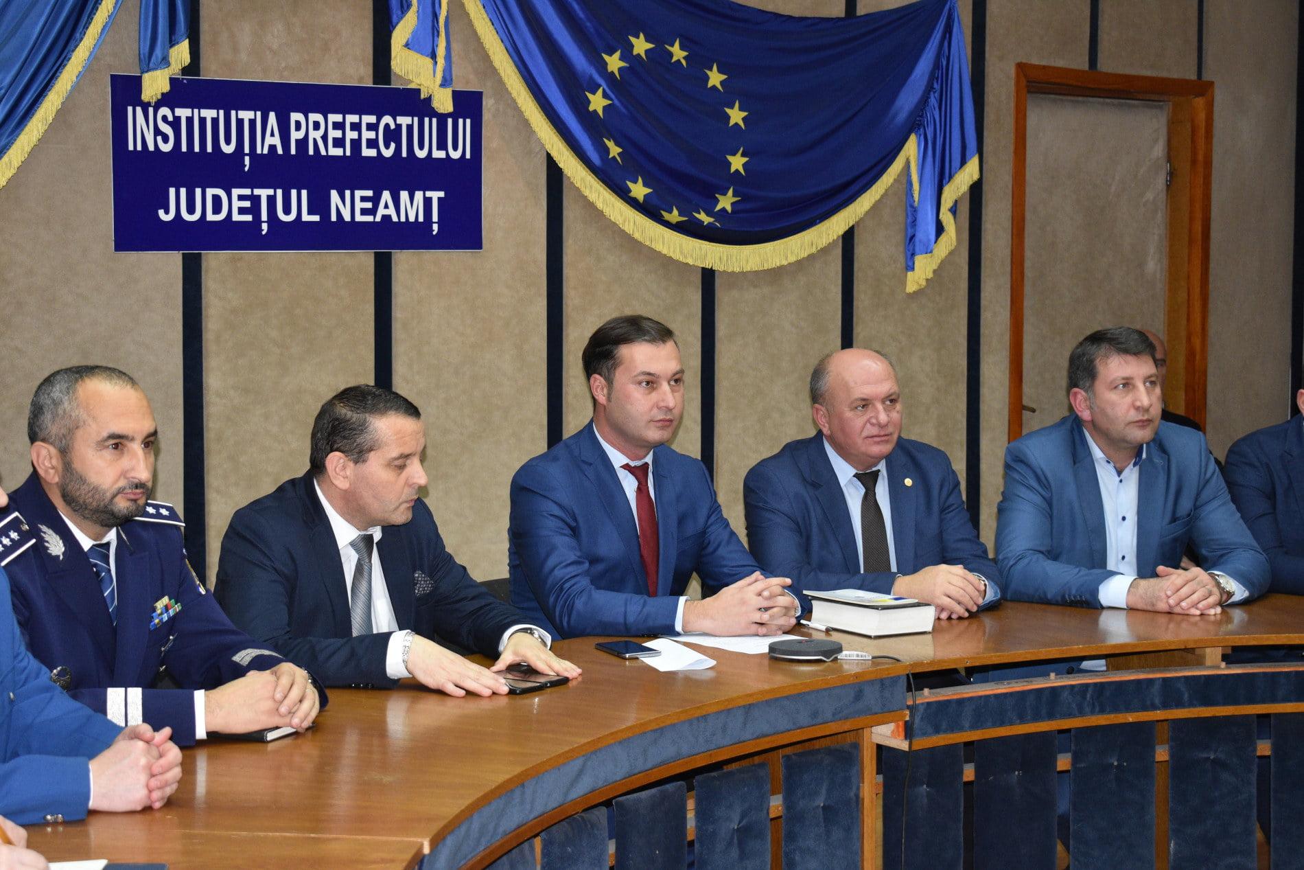 George Lazăr a fost învestit în funcția de prefect al județului Neamț