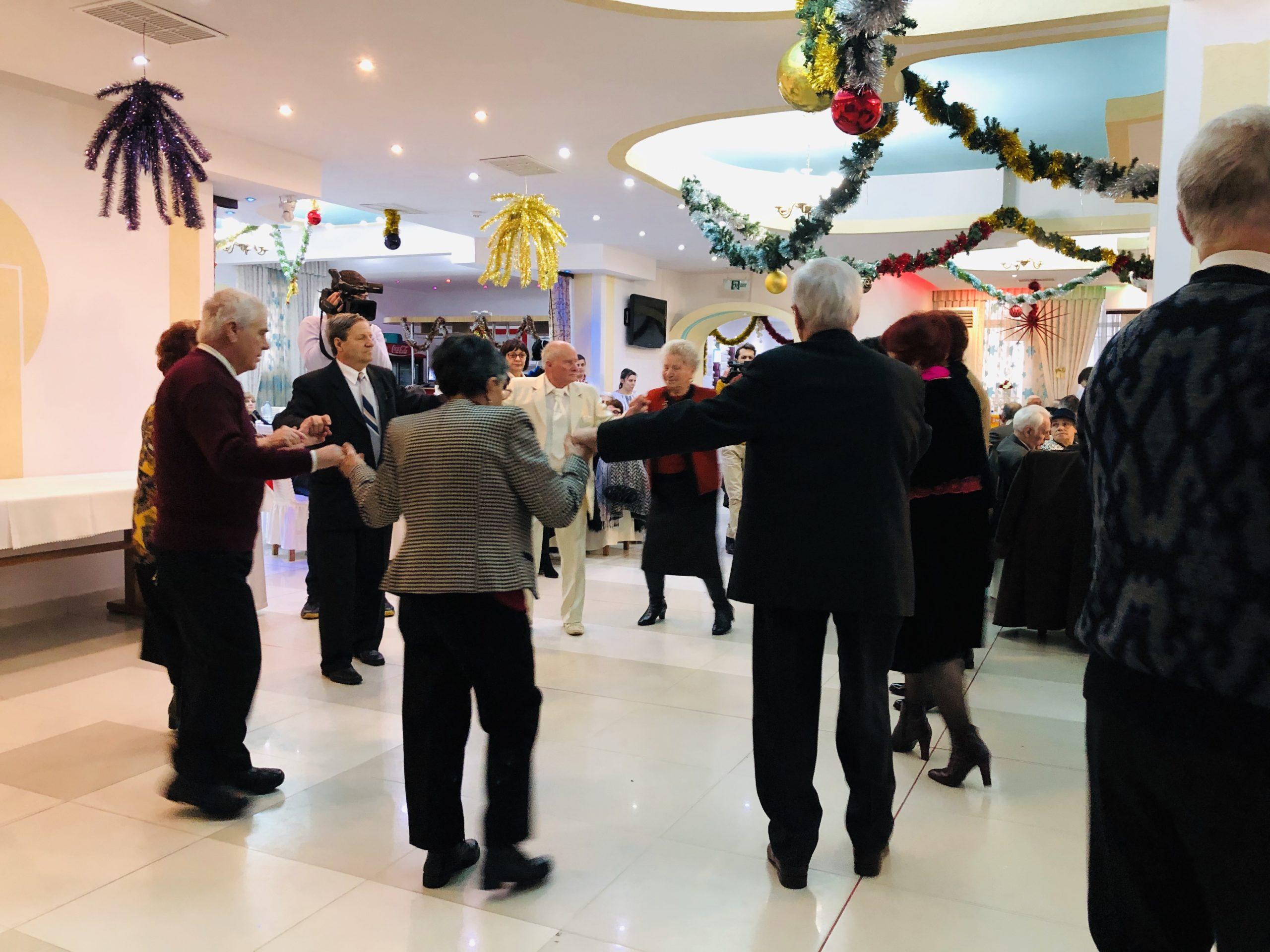 55 de familii din Roman au sărbătorit Nunta de Aur