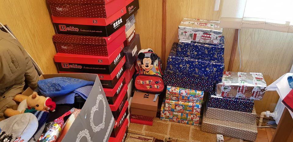 ShoeBox Roman – Dăruiți cutii cu daruri copiilor care nu au de niciunele