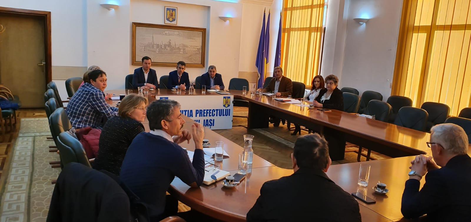 Prefectul face demersuri la Iași pentru probleme de fond funciar ale unor săteni din Tămășeni