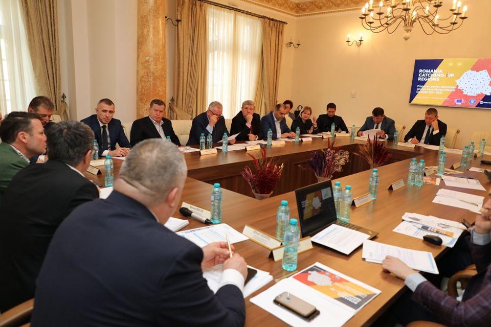 Ministrul Boloș afirmă că proiectele cu fonduri europene ale Romanului intră la finanțare