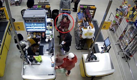 Femeie căutată de polițiști pentru furt