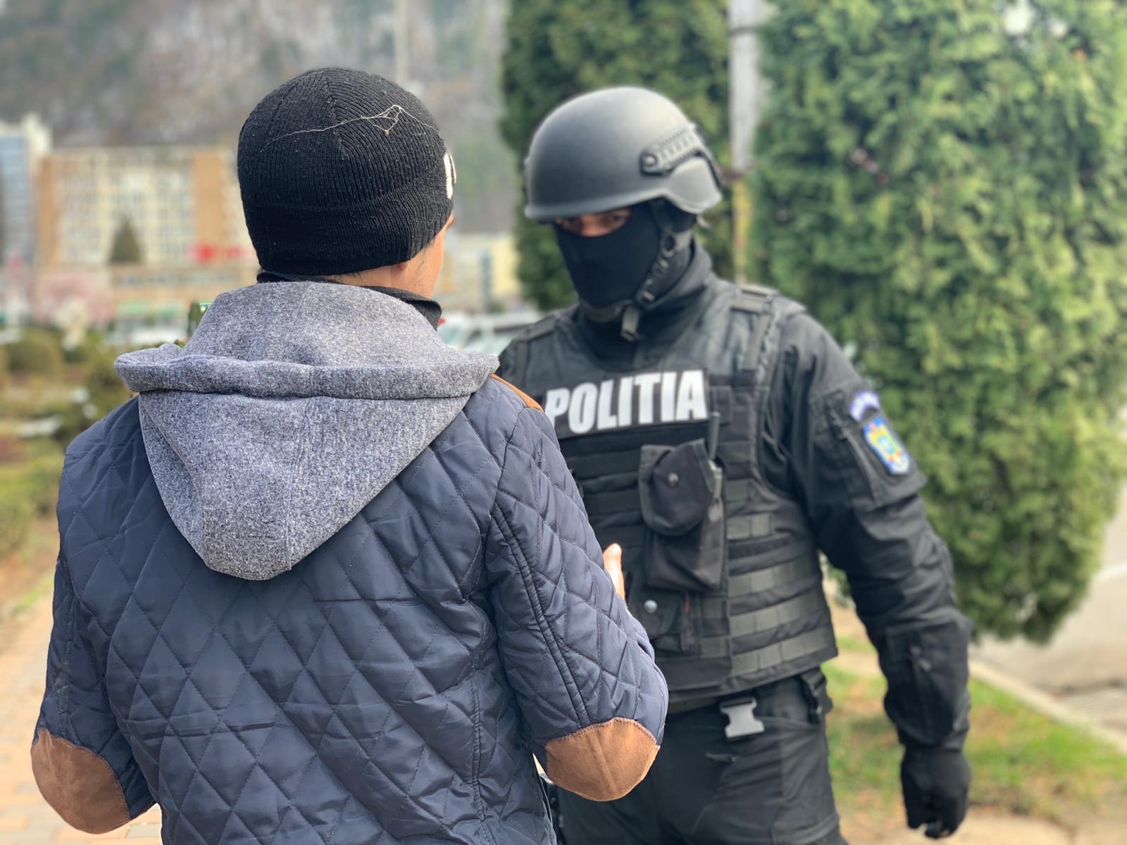 Controale în stradă ale Poliției, după intrarea în vigoare a Ordonanței militare nr. 3