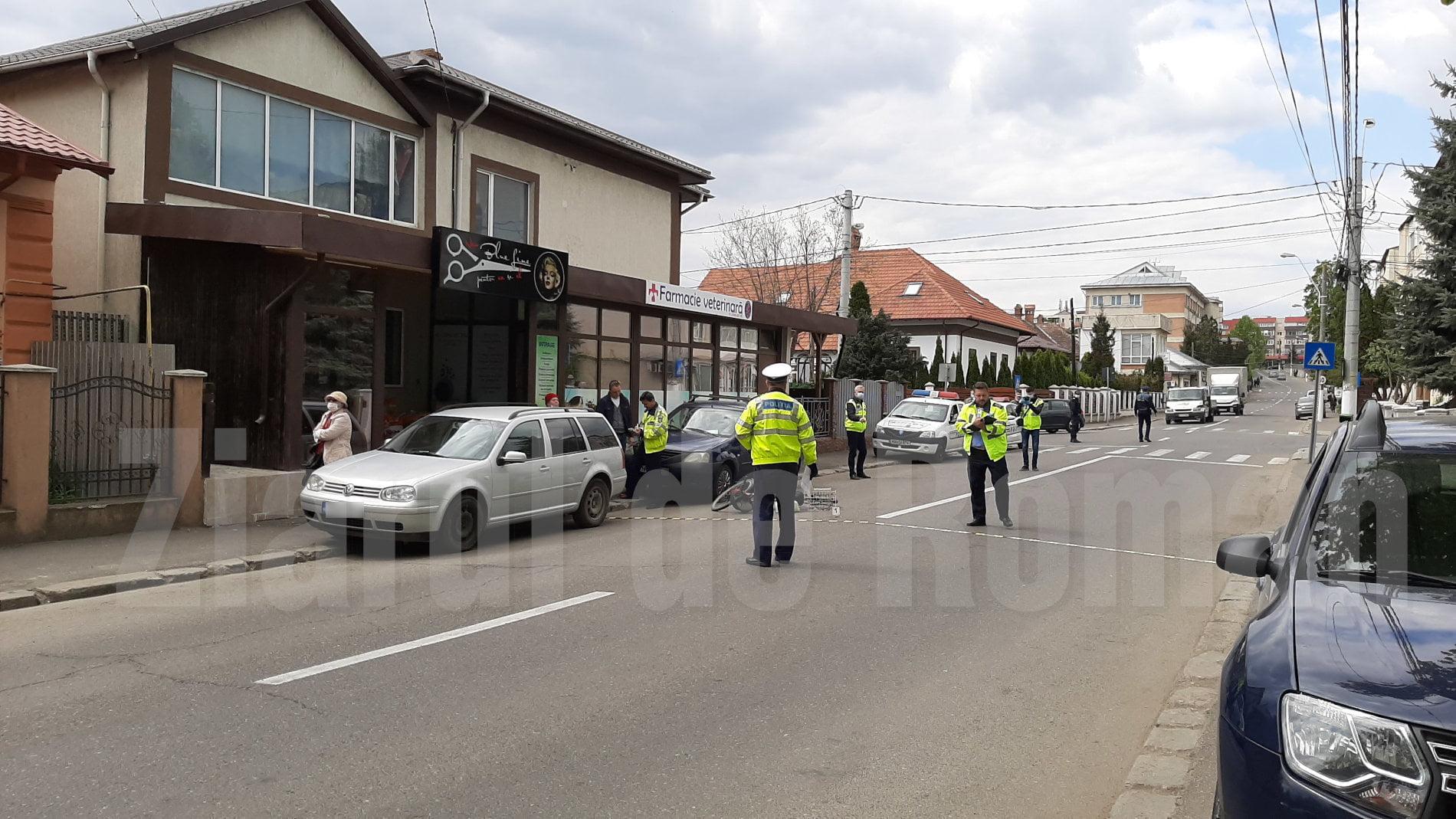 Accident rutier pe strada Bogdan Dragoș. O femeie a fost rănită