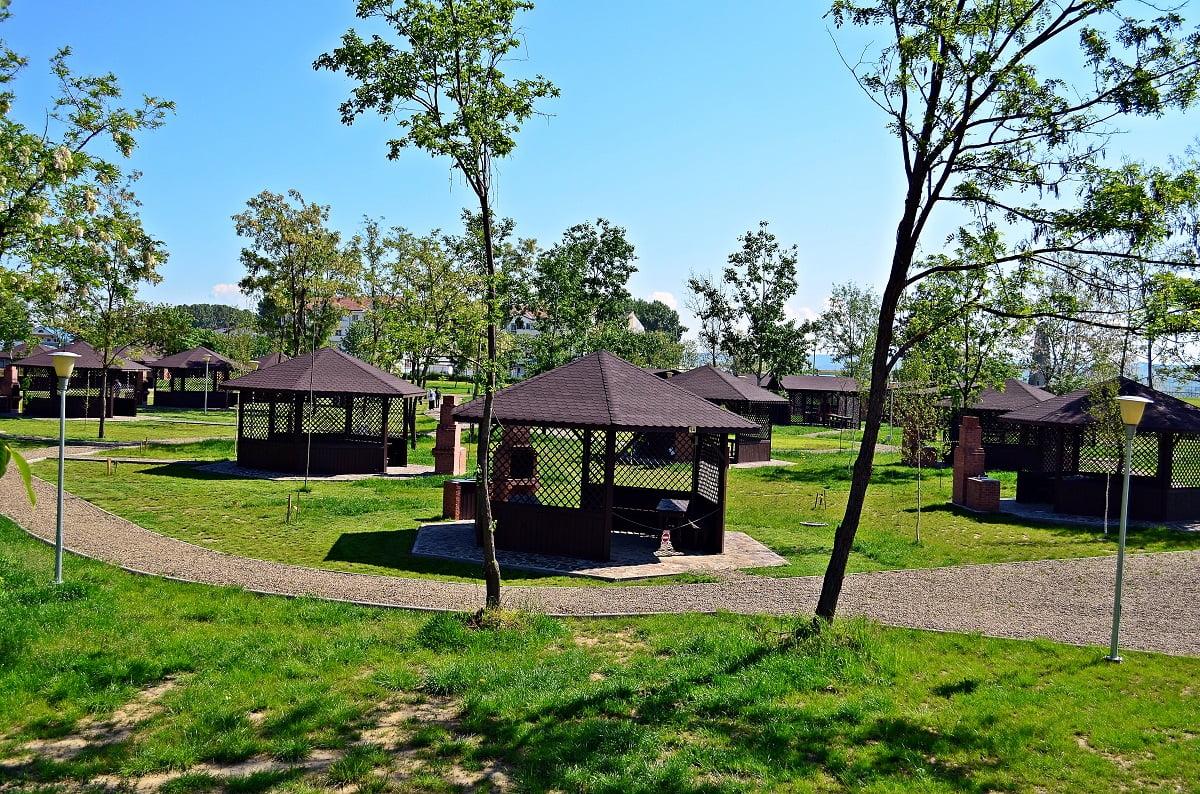 Zona de picnic de la ștrand, deschisă începând de sâmbătă