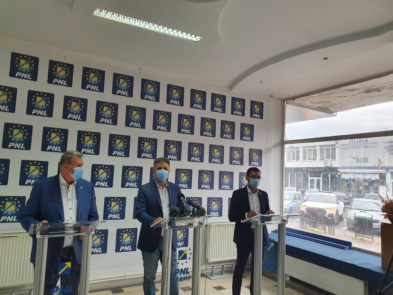 """Mugur Cozmanciuc, președintele PNL Neamț: """"Vom colabora doar cu cei care vor face opoziție față de modul medieval de a gestiona lucrurile girat de PSD și acoliții săi!"""""""