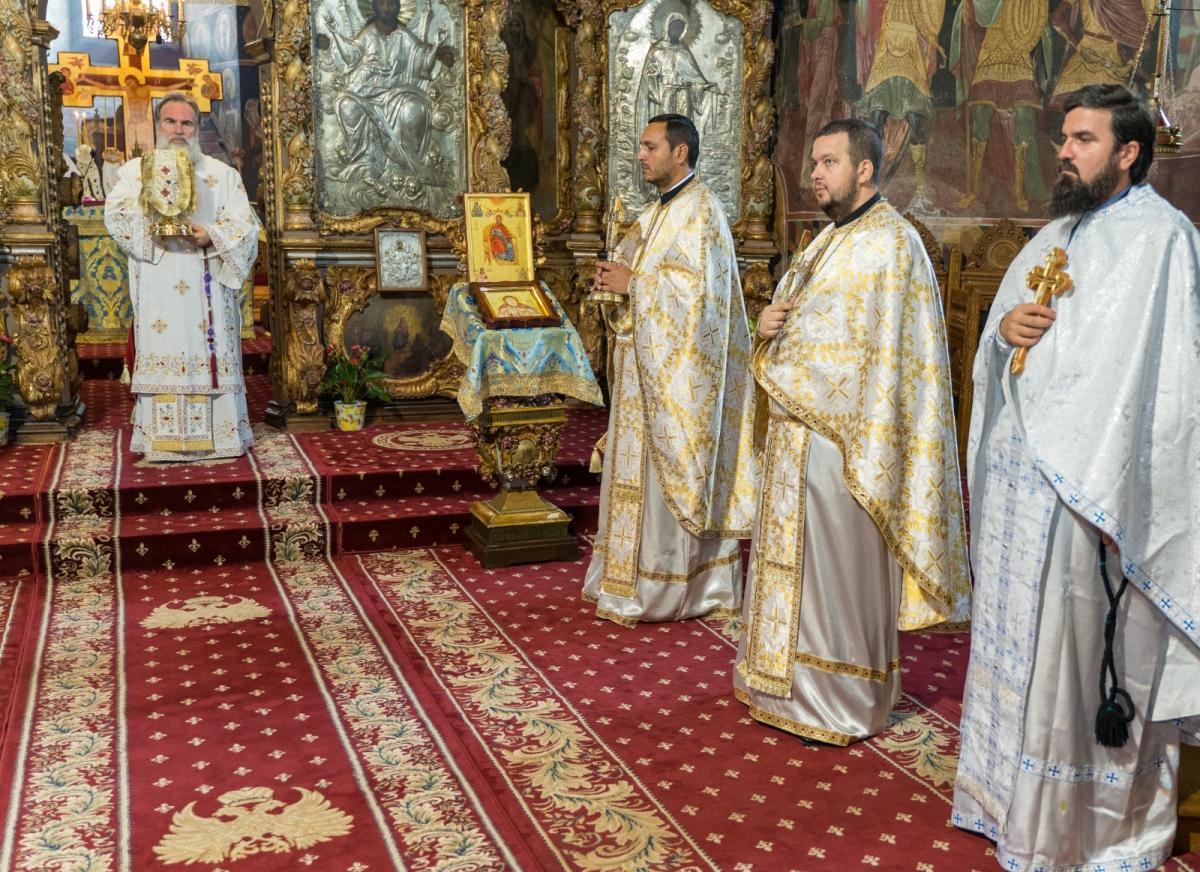 Părintele Dan Alexandru Antoce, noul protopop de Roman