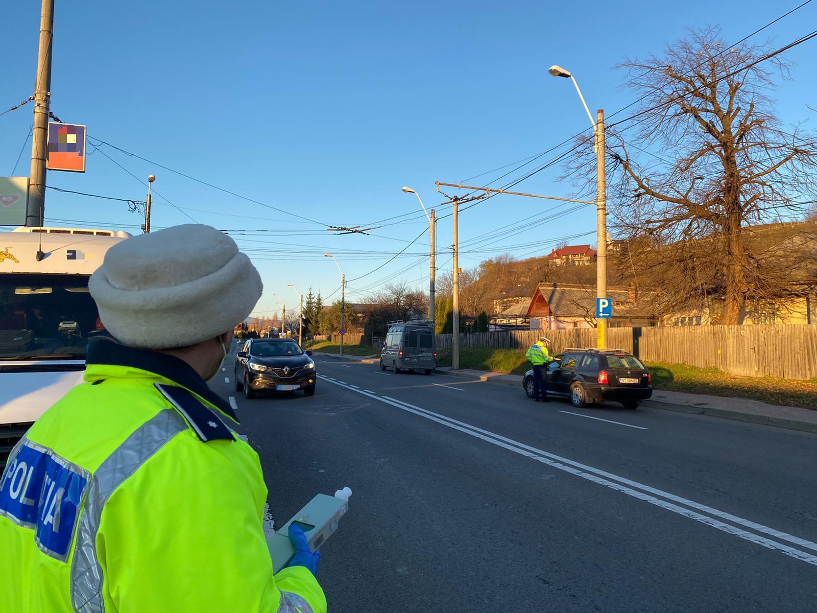 Peste 50 de șoferi au rămas fără permis, la început de an