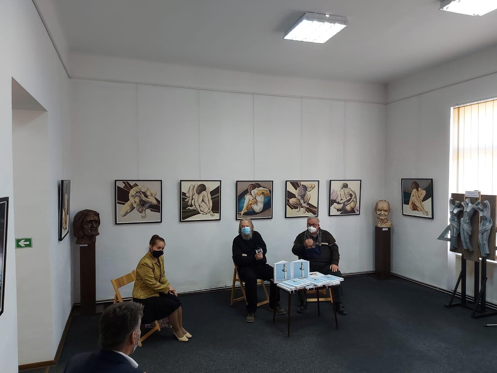 Expoziție de pictură a artistului plastic Florin Mircea Zaharescu, la Muzeul de Artă din Roman