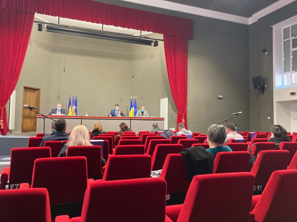 Consilierii locali, supărați pe reprezentanții administrației publice locale