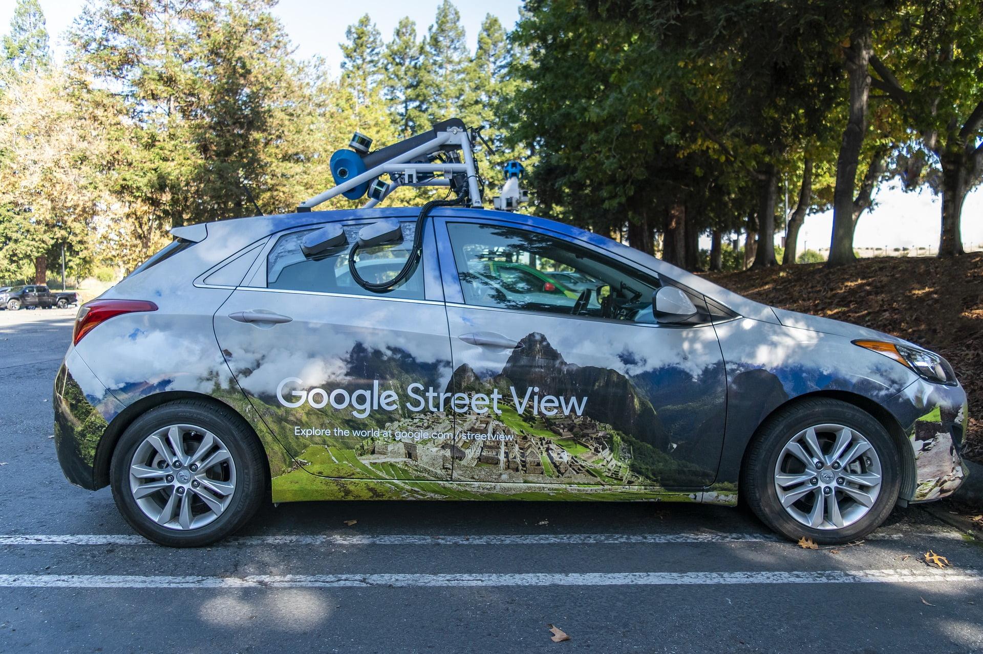Maşinile Google Street View se întorc la Roman în acest an