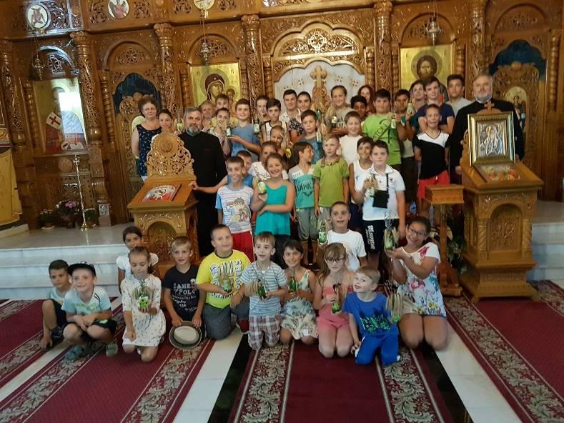 """Școala de Vară """"Sf. Nectarie – prietenul copiilor"""", la Parohia Cotu Vameș"""