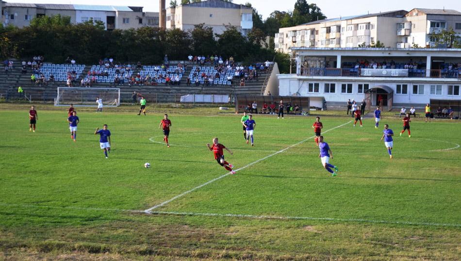 Fotbaliștii CSM Roman urcă pe primul loc, după victoria împotriva AFK Csikszereda