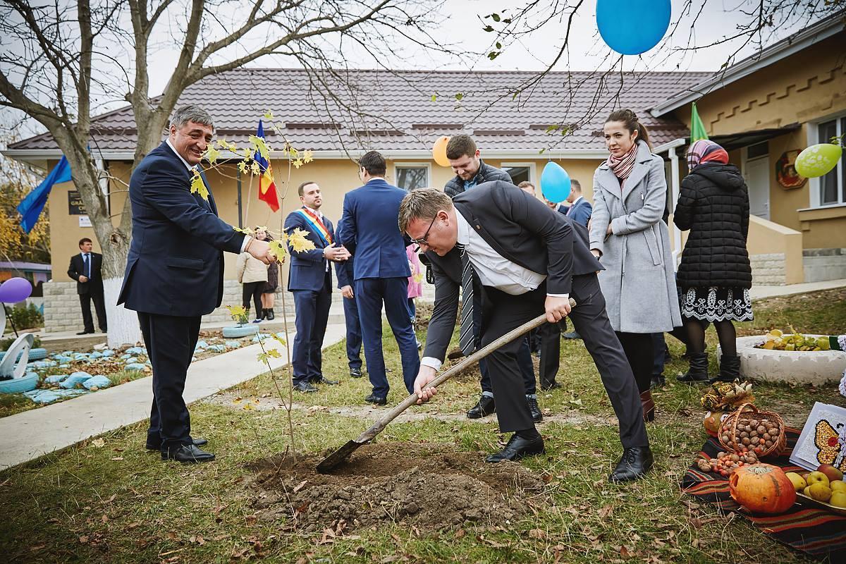 Vizită în Republica Moldova a senatorului Dan Manoliu, pe tema Programului de asistență tehnică și financiară acordată de Guvernul României pentru instituțiile preșcolare