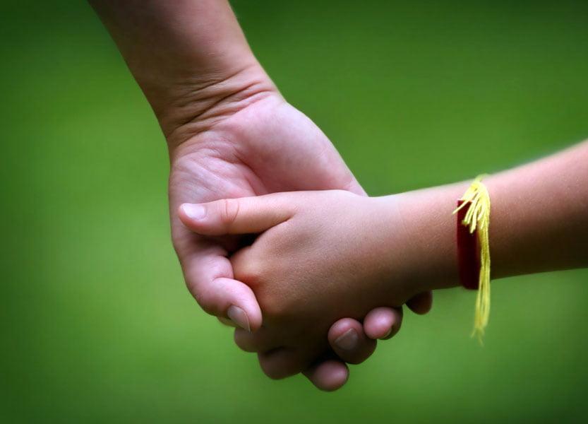 Numărul familiilor care doresc să adopte un copil, în creștere în județul Neamț