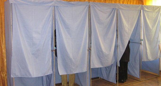 Cursuri online în școlile unde sunt secții de votare, în perioada alegerilor locale