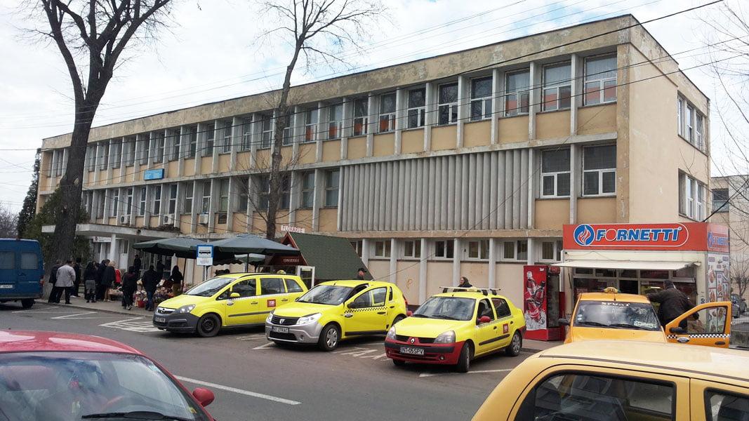 Medicii și autoritățile s-au pus de acord în privința reabilitării clădirii Policlinicii