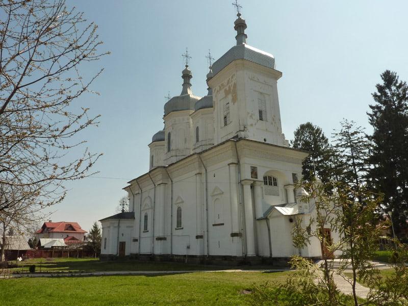 Fonduri europene pentru restaurarea Bisericii Sf. Gheorghe. Parohia cere sprijinul romașcanilor pentru cofinanțarea proiectului
