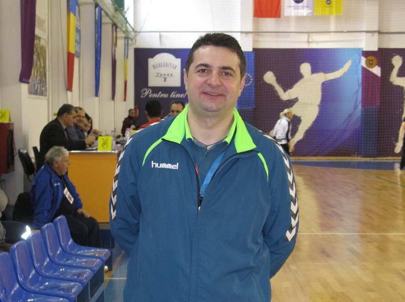 Fostul antrenor al HCM Roman, Florentin Pera, a semnat cu U Cluj