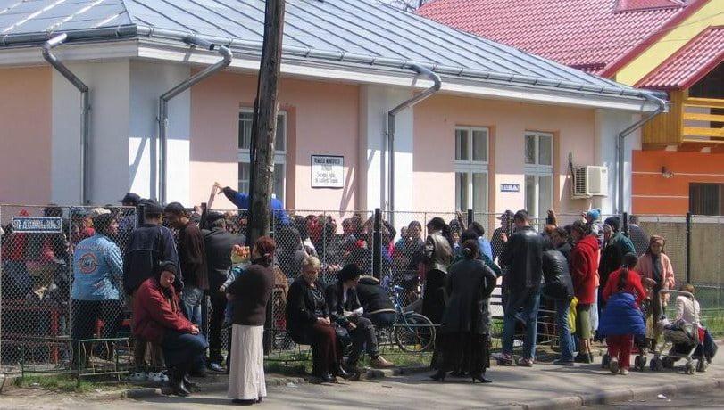 Și în 2018 se acordă tichete sociale romașcanilor defavorizați