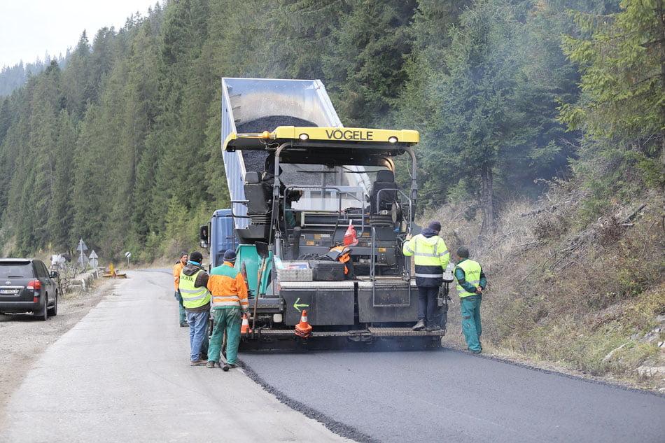 Refacerea infrastructurii rutiere, în atenția Consiliului Județean