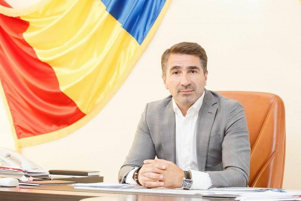 Președintele CJ Neamț, Ionel Arsene, reținut de DNA pentru trafic de influență