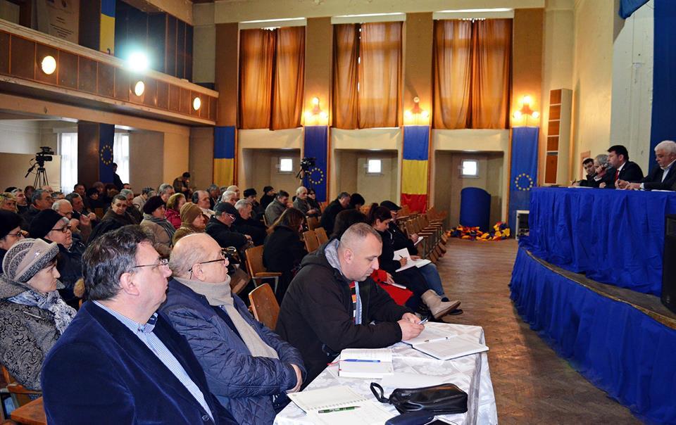 Asociațiile de proprietari, chemate iar în ședință pentru explicații privind tariful gunoiului