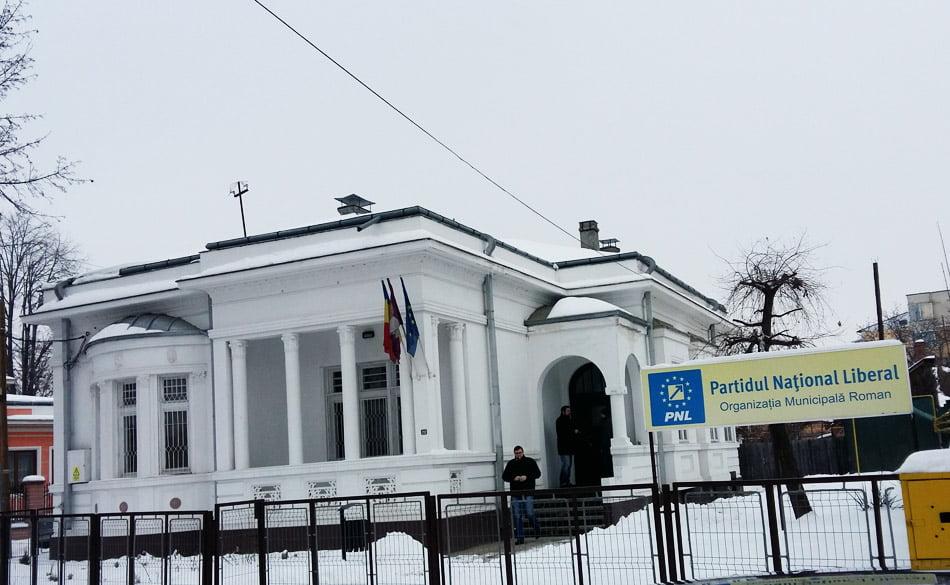 Deputatul Laurențiu Leoreanu a inaugurat cabinetul parlamentar din Roman